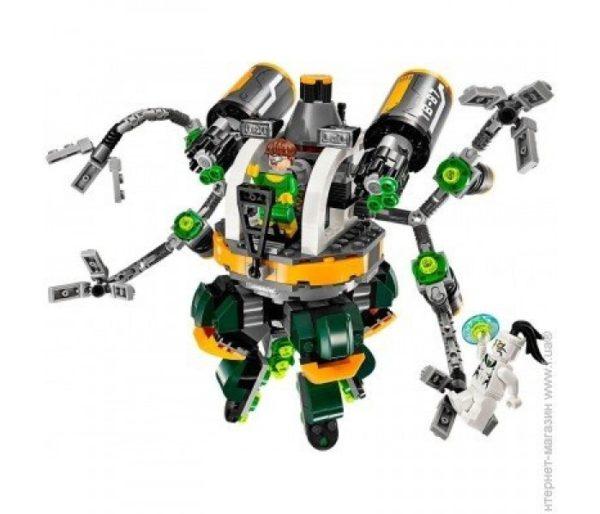 Человек - паук в ловушке