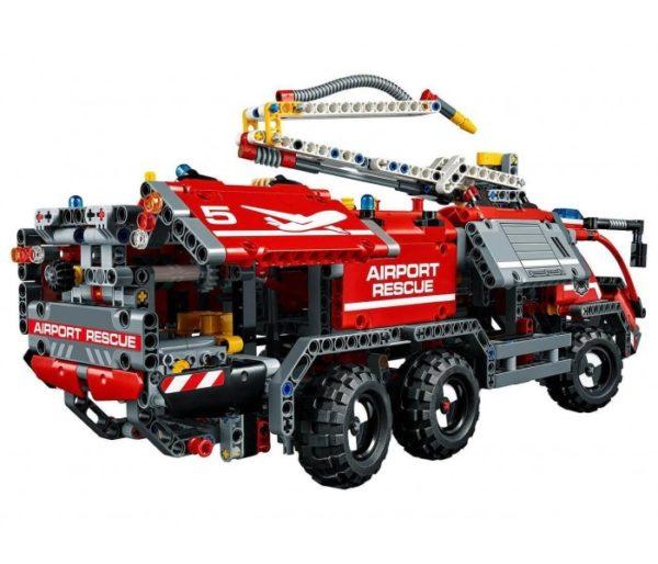Пожарная машина аэропорта